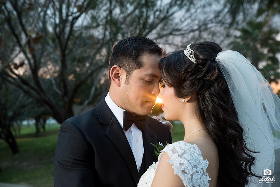 m&e_wedding_photographer_edinburg_texas_lilak (11)